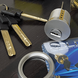 locks and locksmiths